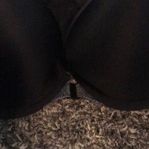 Victoria's Secret Intimates & Sleepwear - Victoria Secrets sports bra